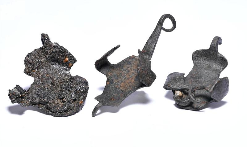 Suelas romanas para caballos, conocidas como hiposandalias. Museo de los Docklands de Londres. (Fotografía: La Gran Época).