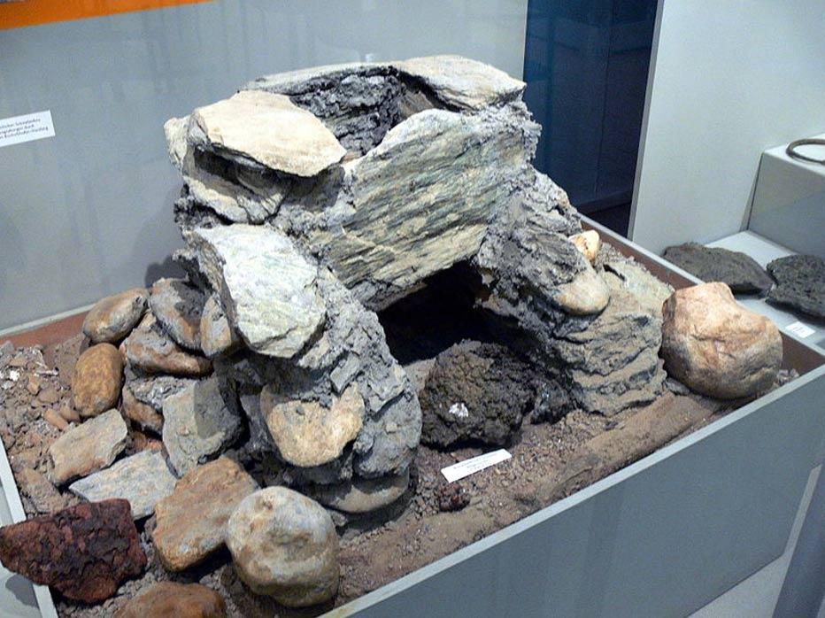 Reconstrucción de un horno de fundición de la Edad del Bronce, Salzburgo. (CC BY-SA 3.0)