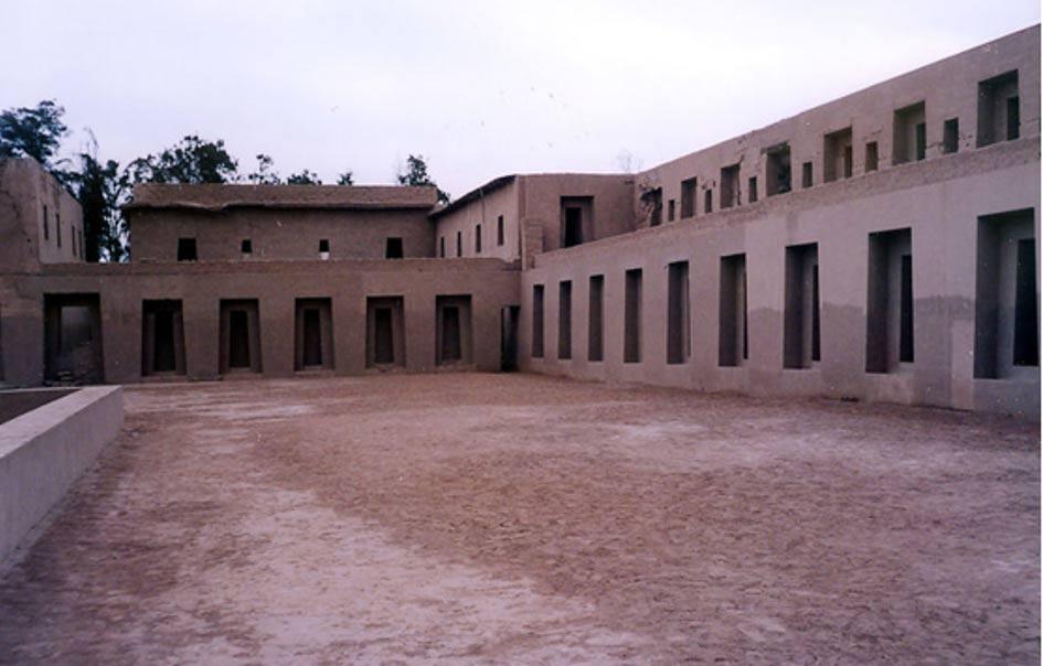 El Templo de las Vírgenes del Sol, reconstruido en Pachacamac. (Foto: Xauxa/Wikimedia Commons)