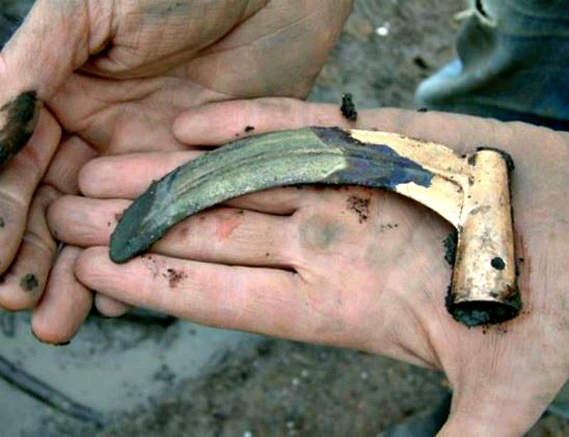 Hoz de la Edad del Bronce recuperada por los arqueólogos en el antiguo poblado de Must Farm. (Fotografía: La Gran Época/Must Farm)