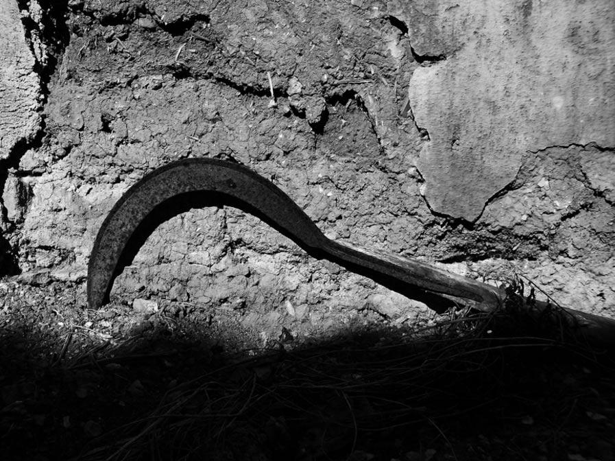 La hoz es un poderoso símbolo en muchas antiguas tradiciones desde hace milenios (Enrico Sanna / Flickr)