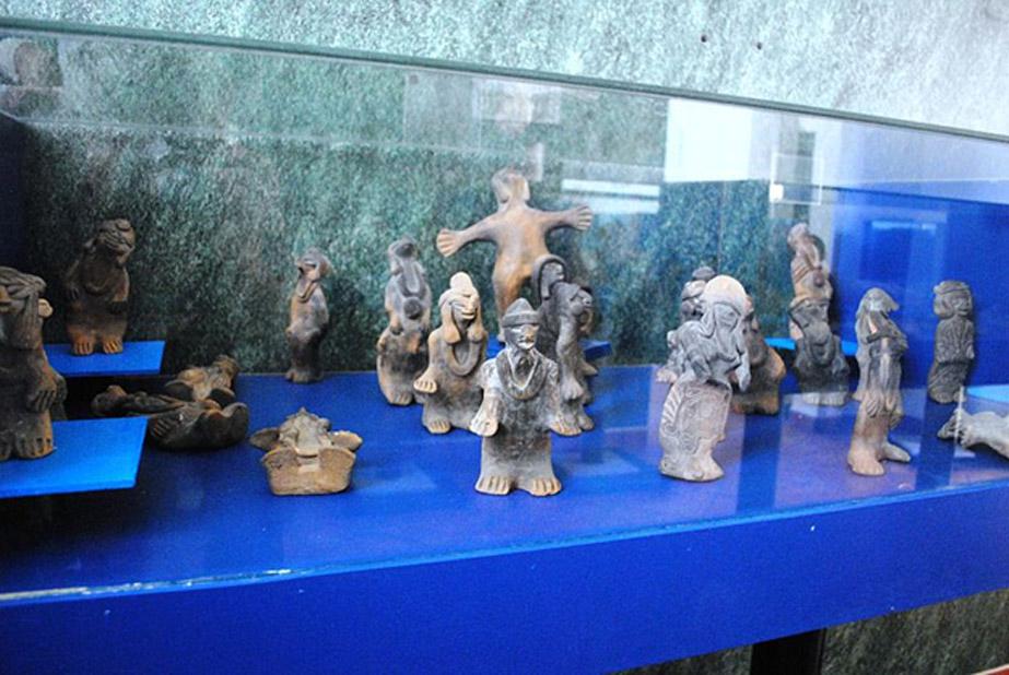 Figuritas humanoides de la colección de Acámbaro. (CC BY SA 3.0)