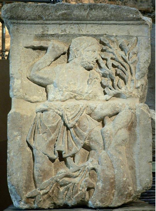 Imagen de Esus, dios Galo/Celta, en el Pilar de los Nautas. (CC BY-SA 3.0)