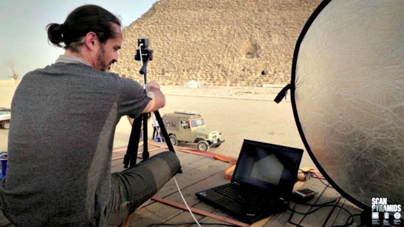 Los expertos del proyecto «Scan Pyramids» llevan un año estudiando las pirámides egipcias, al milímetro, por medio de métodos no invasivos. (Fotografía: 20 Minutos/ScanPyramids)