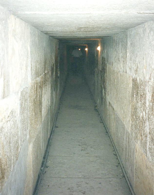Interior de la pirámide de Kefrén. (David Holt-Flickr /CC BY-SA 2.0)