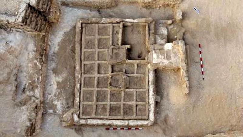 El coqueto huerto, de unos 3.900 años de antigüedad, ha sido hallado en un patio ubicado frente a una tumba que data del Imperio Medio. (Fotografía: ABC)