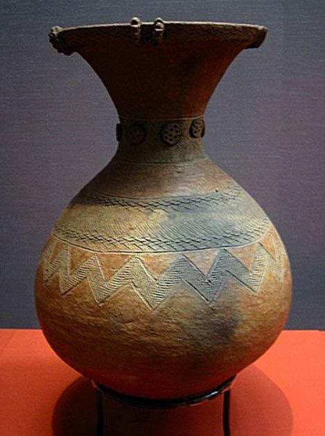 Jarrón de cerámica del periodo Yayoi. (Dominio público)