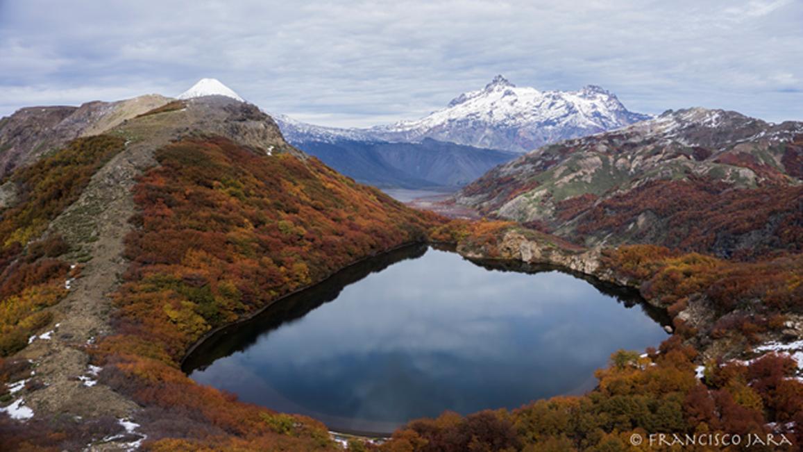 Laguna de los Cóndores (CC BY NC-SA 2.0)