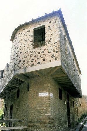 Lupenare-of-Pompeii.jpg