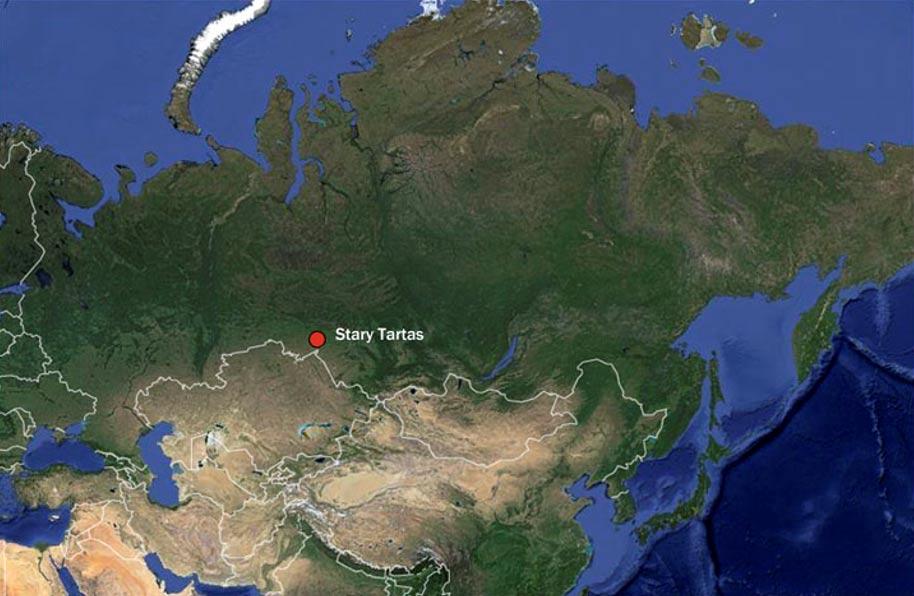 El pescado era procesado introduciéndolo en hoyos abiertos en el terreno rojizo para darle 'un aroma especial'. Fotografías: Instituto de Arqueología y Etnografía, departamento siberiano de la Academia de Ciencias de Rusia.