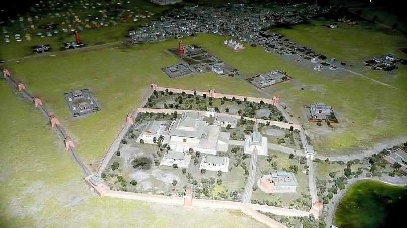 Maqueta del antiguo palacio del Kan en Karakórum. Museo Nacional de Historia de Mongolia, Ulán-Bator. (Public Domain)