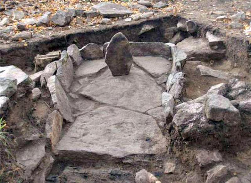 Megalito Número 4 de isla Vera (Rusia) (Imagen: Código Oculto)