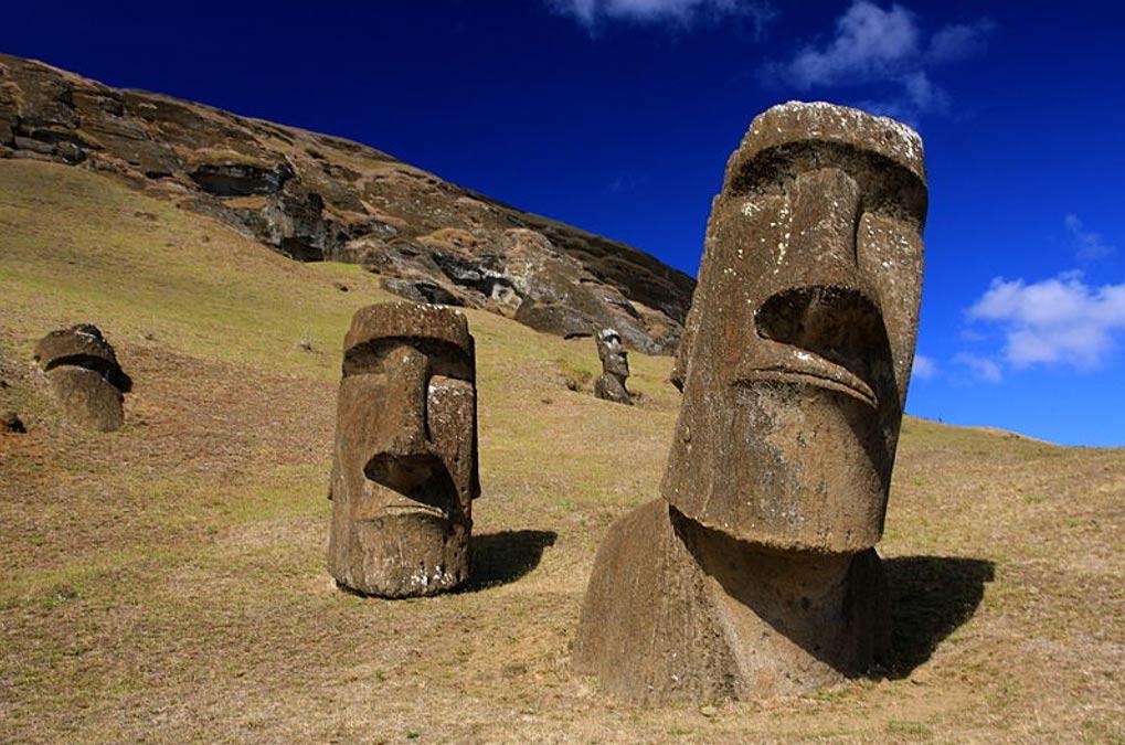 Moai de la isla de Pascua. (TravelingOtter/ CC BY 2.0)
