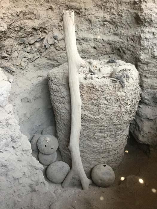 Ésta es la momia hallada recientemente en Pachacámac, año 2018. (Imagen: © ULB P. Eeckhout)
