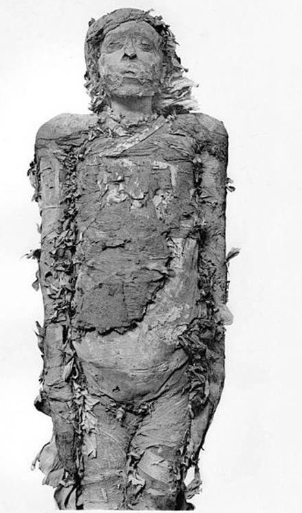 Momia de Pinudjem II, Sumo Sacerdote de Amón en Tebas. (Public Domain)