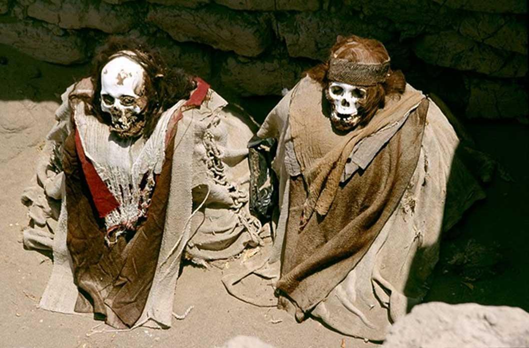 Momias del cementerio de Chauchilla, situado a 30 kilómetros de Nazca. (CC BY-SA 2.5)