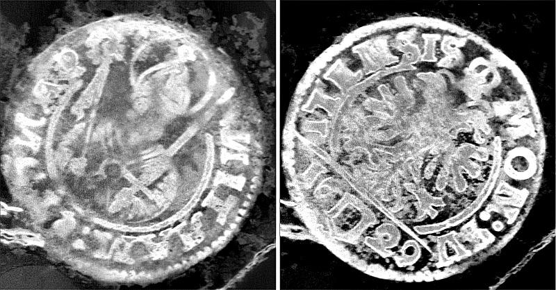 Debido a la gran corrosión que sufrían las monedas, el equipo científico recurrió al uso de un tomógrafo computarizado de rayos X −que dispone del tipo de fuente de gran alcance que se necesitaba− junto con un detector de alta resolución. (Fotografía: ABC/Archäologischer Dienst des Kantons Bern)