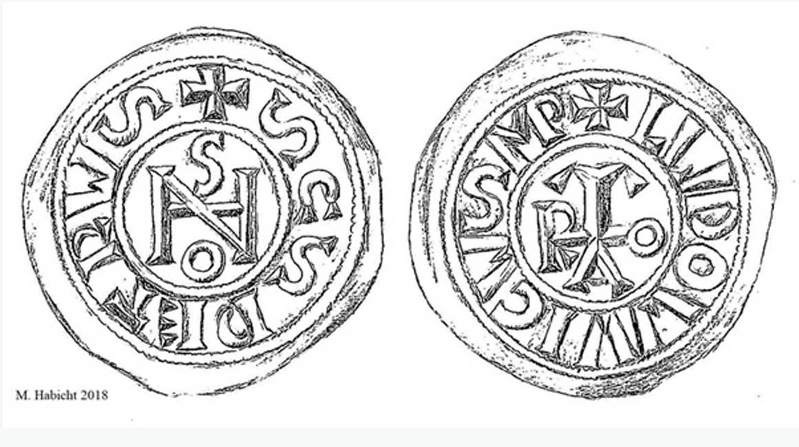 Se descubrió que dos de las monedas mostraban el monograma del papa Juan. (Imagen: Michael Habicht, 2018)