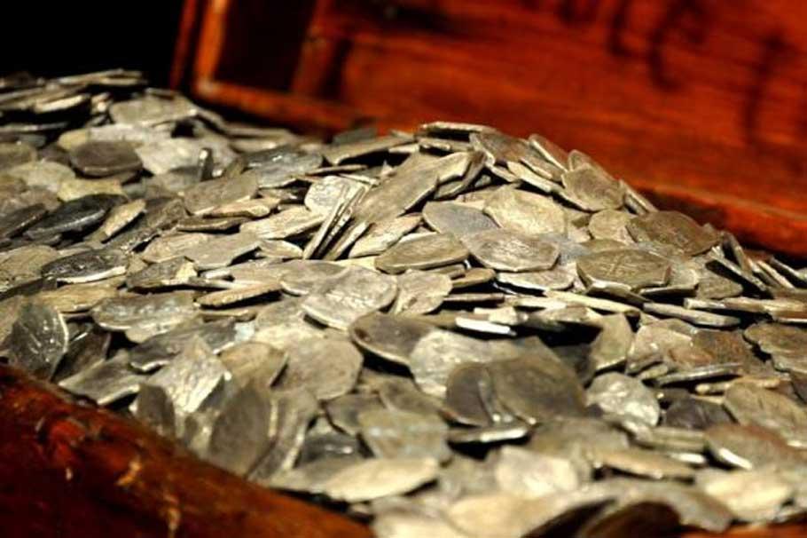 Plata recuperada del pecio del Whydah (CC BY 2.0)