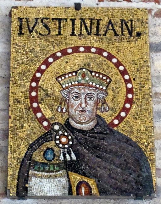 Mosaico de Justiniano en una iglesia de Rávena, Italia (Foto: Sailko/Wikimedia Commons)