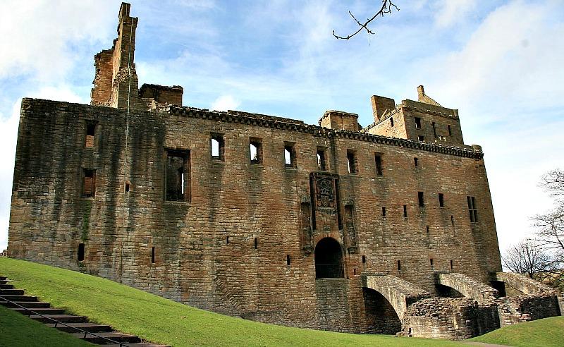 Aspecto actual del palacio de Linlithgow, lugar de nacimiento de María I de Escocia. (Rob & Lisa Meehan/CC BY-SA 2.0)