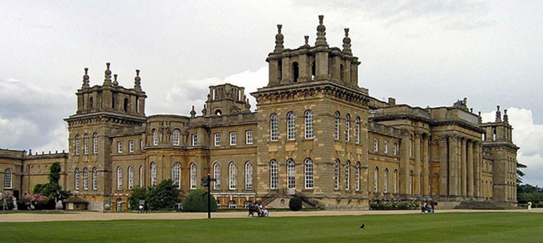 Palacio de Blenheim, la mansión en cuyo jardín se encontraba el antiguo sarcófago romano. (CC BY 2.0)