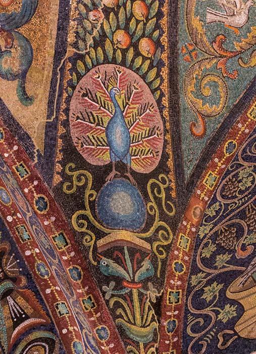 El pavo real fue en el cristianismo primitivo un símbolo de inmortalidad y resurrección, ya que en la antigüedad se creía que la carne de pavo real no se veía afectada por la putrefacción. (CC BY-NC-ND 2.0)