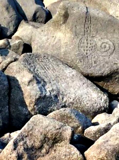 Los petroglifos recientemente descubiertos muestran diversas figuras antropomorfas, máscaras y hasta un lagarto. (Fotografía: La Prensa / Carlos Coronel Kinloch)