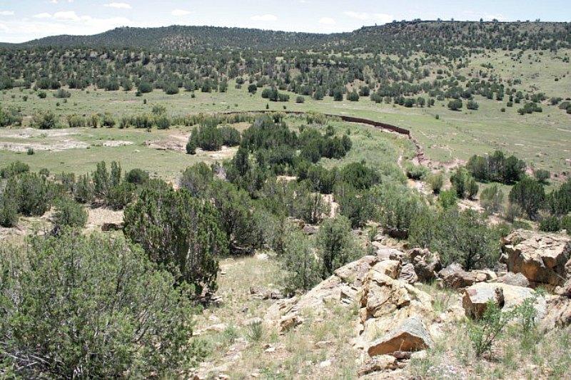 El emplazamiento del glifo de Arizona está situado en un rancho de propiedad privada que se encuentra a varias millas de cualquier acceso público o por carretera. (Fotografía: Cortesía de John Ruskamp/La Gran Época)