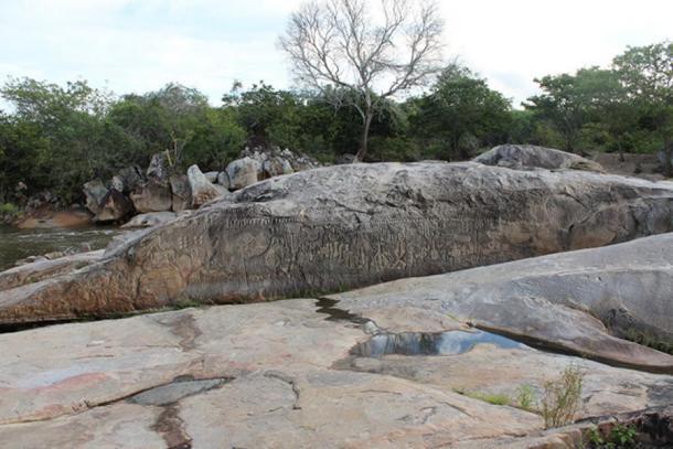 Piedra de Ingá, Paraíba, Brasil. (CC BY 2.0)