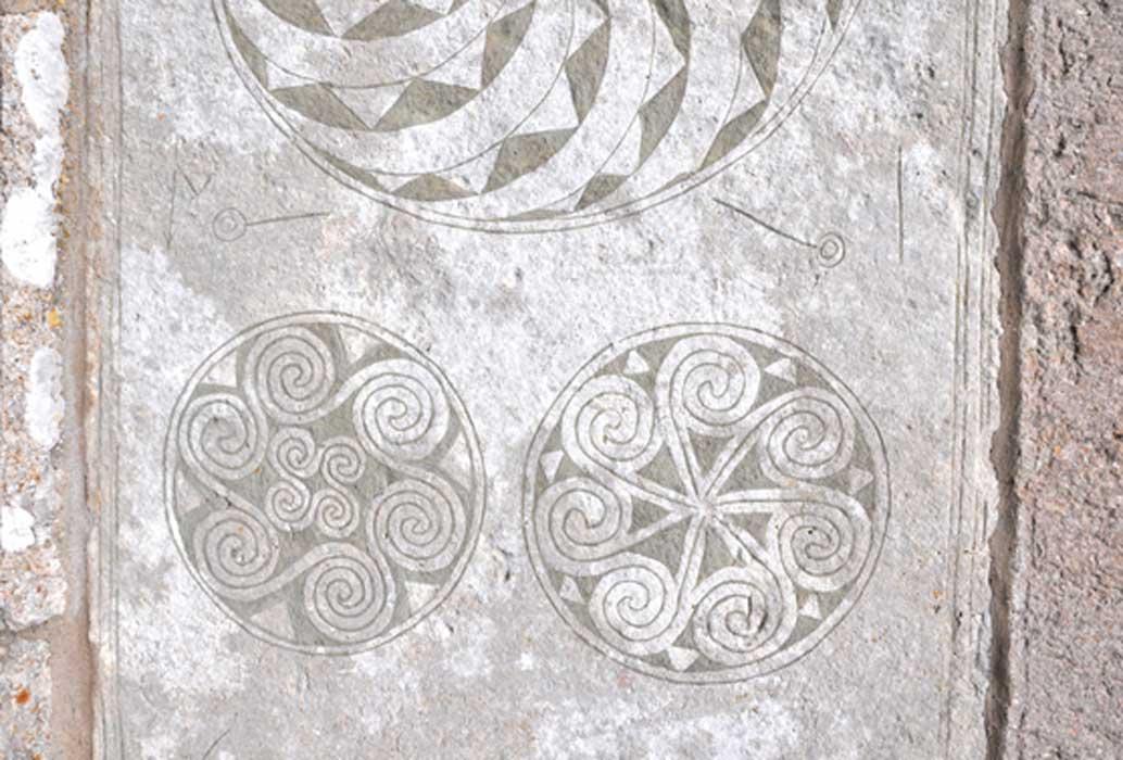 Ejemplo de una piedra pintada descubierta en Gotland (CC BY-SA 2.0)