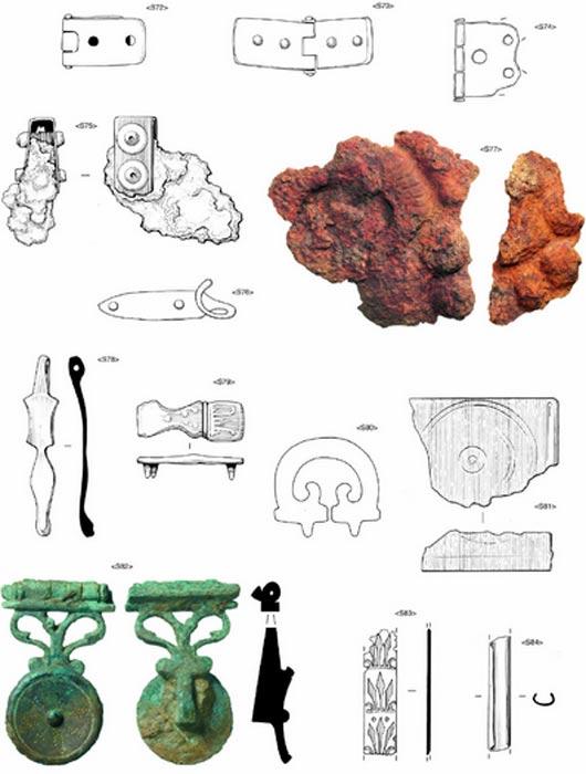 Antiguas piezas arqueológicas del ejército romano halladas en la fortaleza de Plantation Place. (MOLA)
