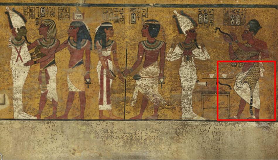 El escaneado de la cámara funeraria de Tutankamón ha revelado detalles en sus paredes ricamente decoradas (cuadrado rojo), que Reeves cree que pueden revelar la existencia de una puerta oculta, que posiblemente dé a la cámara funeraria de Nefertiti. Imagen: Factum Arte.