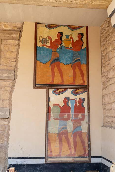 Pinturas restauradas en el palacio de Knossos. Crédito: Ioannis Syrigos