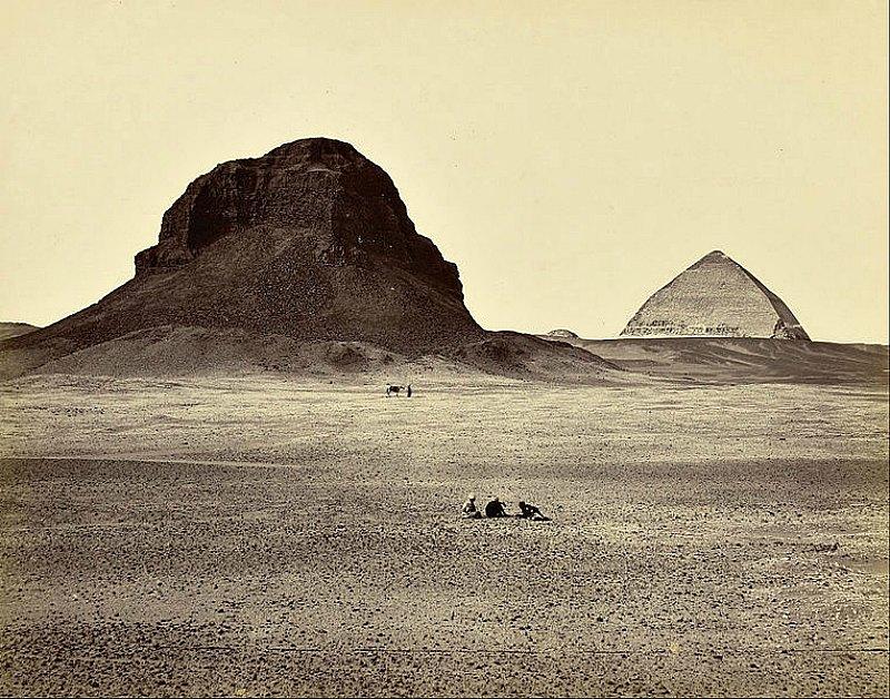 Las pirámides de la necrópolis egipcia de Dashur fotografiadas por Francis Frith en el año 1857. The J. Paul Getty Museum, California. (Public Domain)