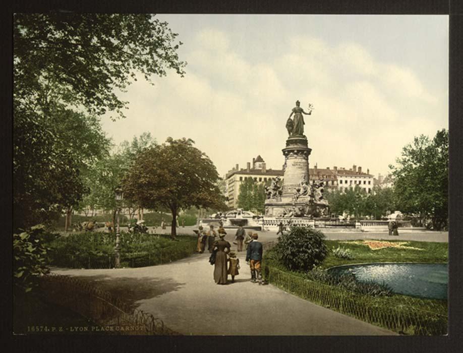 Place Carnot, Lyon (Public Domain)