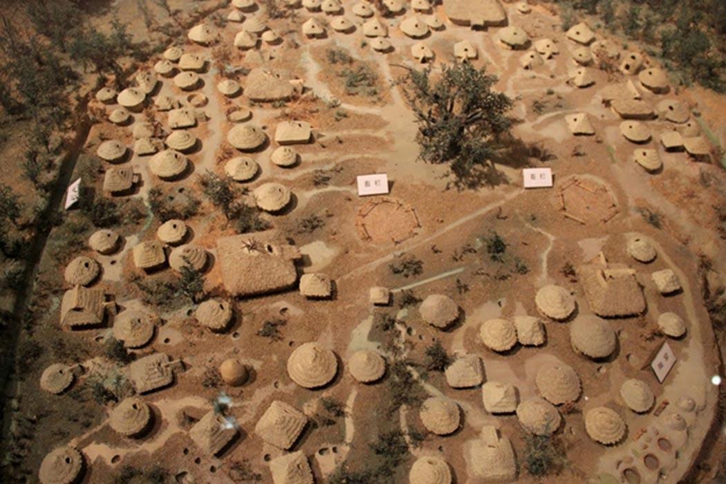 Maqueta de Jiangzhai, un poblado Yangshao (Public Domain)