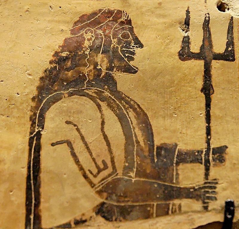 Poseidón portando su tridente. Placa de cerámica corintia procedente de Penteskouphia, (550-525 a. C.). Museo del Louvre de París, Francia. (Public Domain)