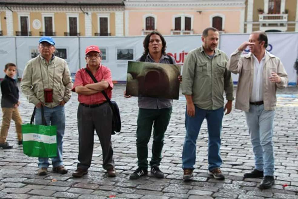 Protestas contra la destrucción de los elementos arqueológicos hallados en la Plaza de San Francisco de Quito. (Fotografías: Colectivo Kitu Milenario / César Cáceres Rojas)