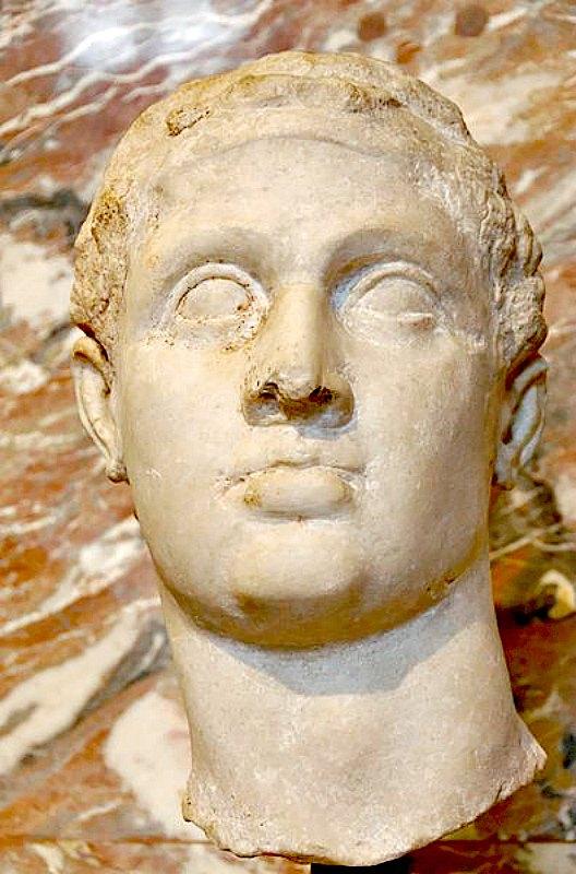 Busto en mármol del faraón Ptolomeo XII, Auletes (117–51 a. C.), quien dedicó un naos (hoy perdido) al dios Amón de Debod. Museo del Louvre de París, Francia. (Public Domain)