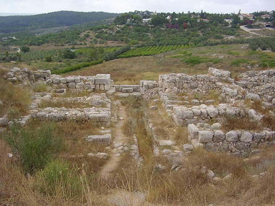 Puerta de Salomón en el yacimiento arqueológico de Tel Gezer, Israel (CC BY 2.5)