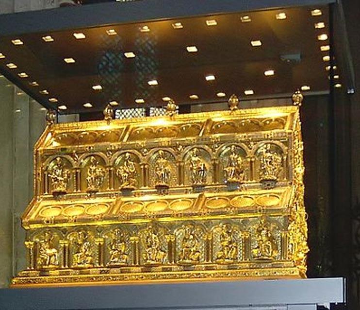 Relicario de los Tres Reyes Magos expuesto en la Catedral de Colonia, Alemania. (Wikimedia Commons)