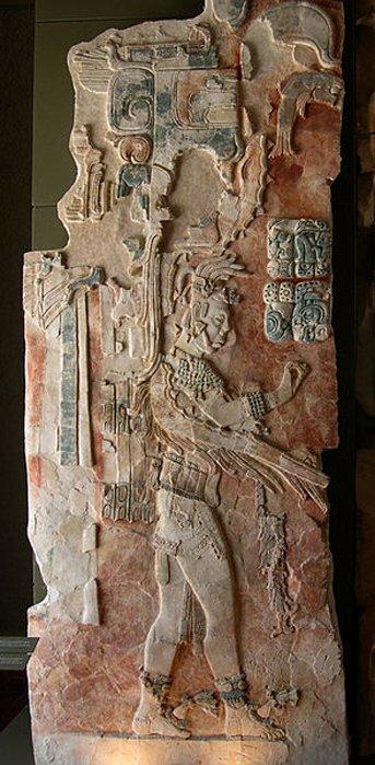 Este relieve de estuco policromado representa al rey U Pakal K´inich. Museo de Palenque. (Jacob Rus)