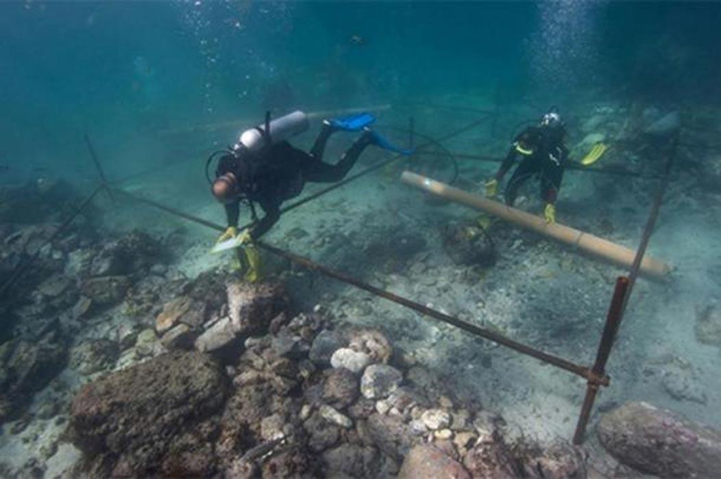 Excavaciones submarinas en los restos hundidos del Esmeralda. (Esmeralda Shipwreck)