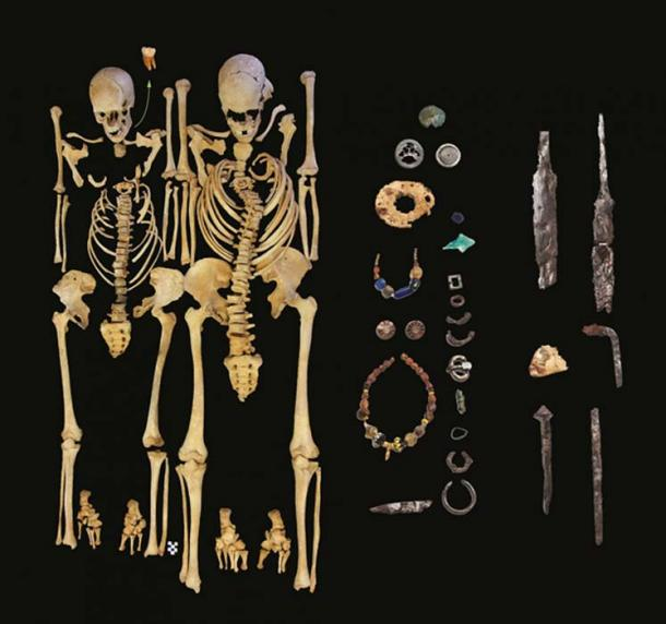 Restos óseos de una mujer (izquierda) y un hombre (derecha), excavados en Altenerding y que han dado positivo en el análisis destinado a confirmar la presencia de la bacteria Yersinia pestis (© Colección Estatal de Antropología y Paleoanatomía de Munich).