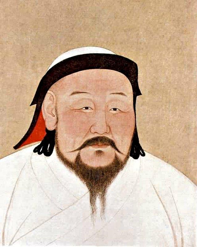 Retrato de Kublai Kan que refleja su posible aspecto en la década de 1260, aunque la pintura es póstuma, y fue realizada poco después de su muerte, en febrero de 1294, obra del artista y astrónomo nepalí Anige. Se encuentra expuesta actualmente en el Museo del Palacio Nacional de Taipei, Taiwán, y está pintada sobre seda. Las ropas blancas que viste Kublai reflejan su papel simbólico como chamán religioso mongol. (Public Domain)