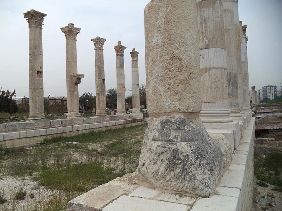 Columnas del Templo romano de Soli Pompeyópolis. (Foto: Vassia Atanassova/Wikimedia Commons)
