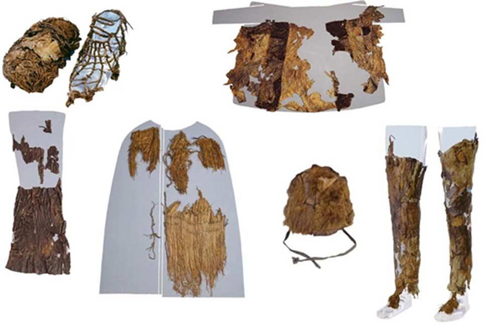 Las ropas de Ötzi, confeccionadas con materiales procedentes de cinco especies animales diferentes. El cadáver de Ötzi data de hace unos 5.300 años, mientras que la raqueta para caminar sobre la nieve es anterior, con unos 5.800 años de antigüedad según ha demostrado la datación realizada mediante carbono-14. (Fotografías: Niall O'Sullivan)