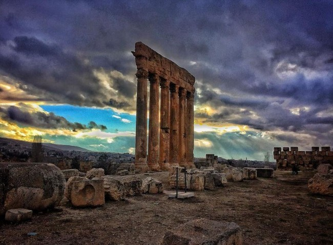 Ruinas de Baalbek al atardecer. (Crédito: Instagram)