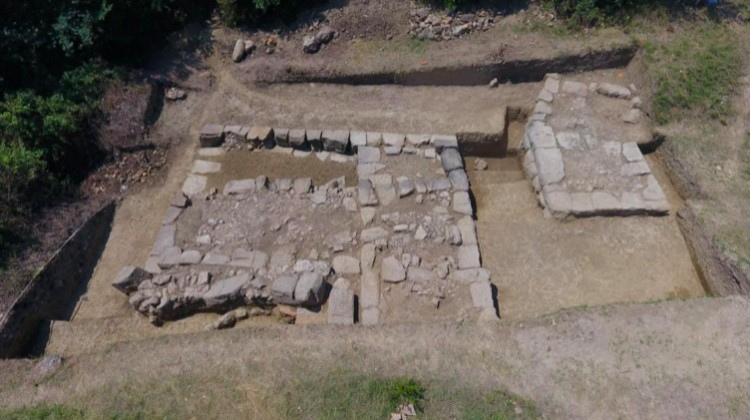 Los arqueólogos creen que estas ruinas pertenecen a Basania, la ciudad perdida de los ilirios. (Imagen: M. Lemke/Science in Poland)